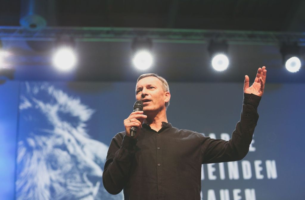 Seit mehr als 30 Jahren Leiter des Gospelforums: Chefpastor Peter Wenz Foto: Gospelforum Stuttgart