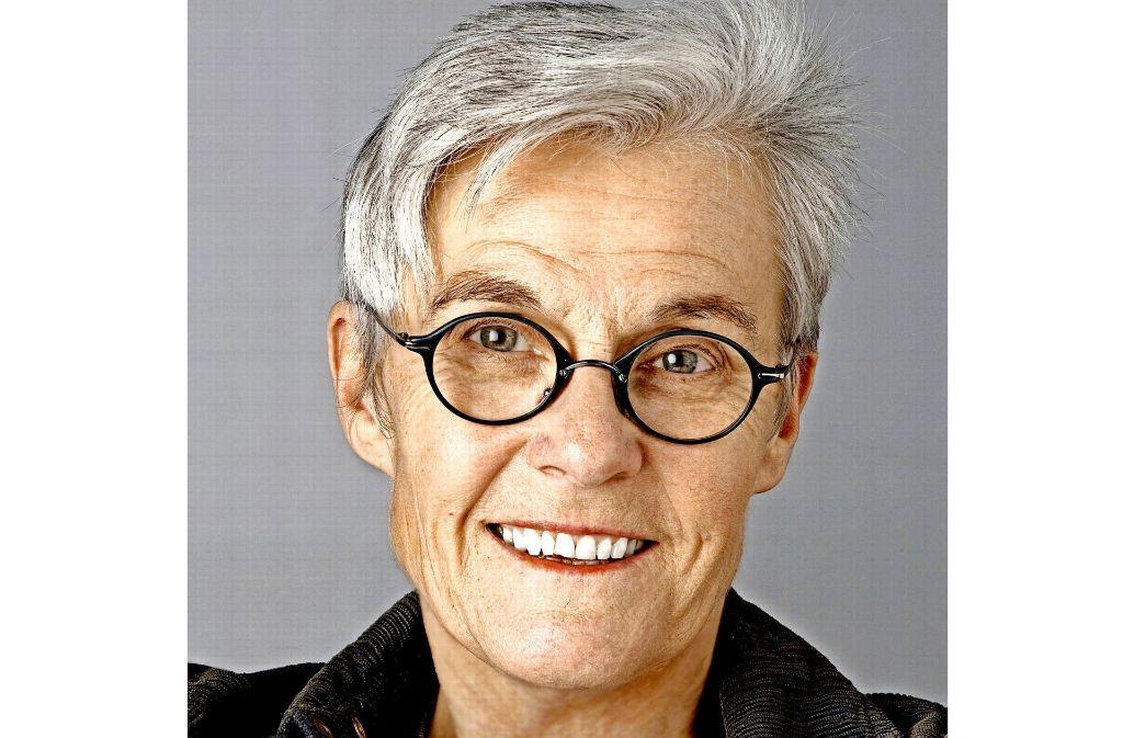 Literatur sei eine Kraft, sagt die Eislinger Schriftstellerin Tina Stroheker. Foto: privat