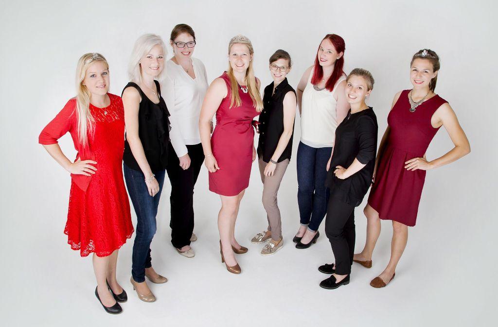 Die Kandidaten für die Nachfolge von Weinkönigin Andrea Ritz (Mitte) bewerben sich. Foto: privat