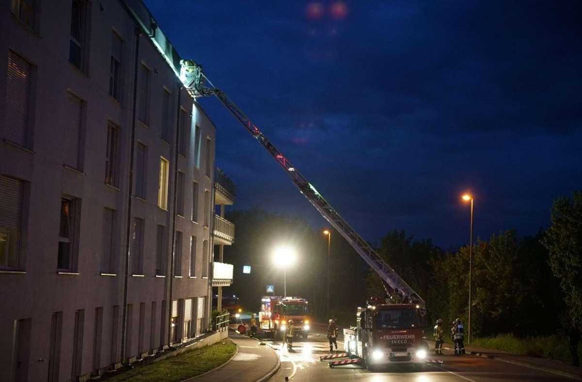 Die Feuerwehr löschte einen Brand in einem Nürtinger Seniorenzentrum. Foto: SDMG/SDMG / Woelfl