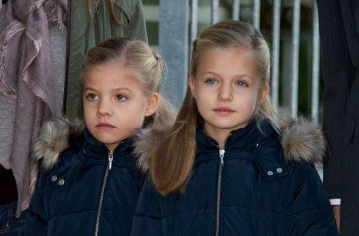 Sofia und Leonor besuchen ihren Opa
