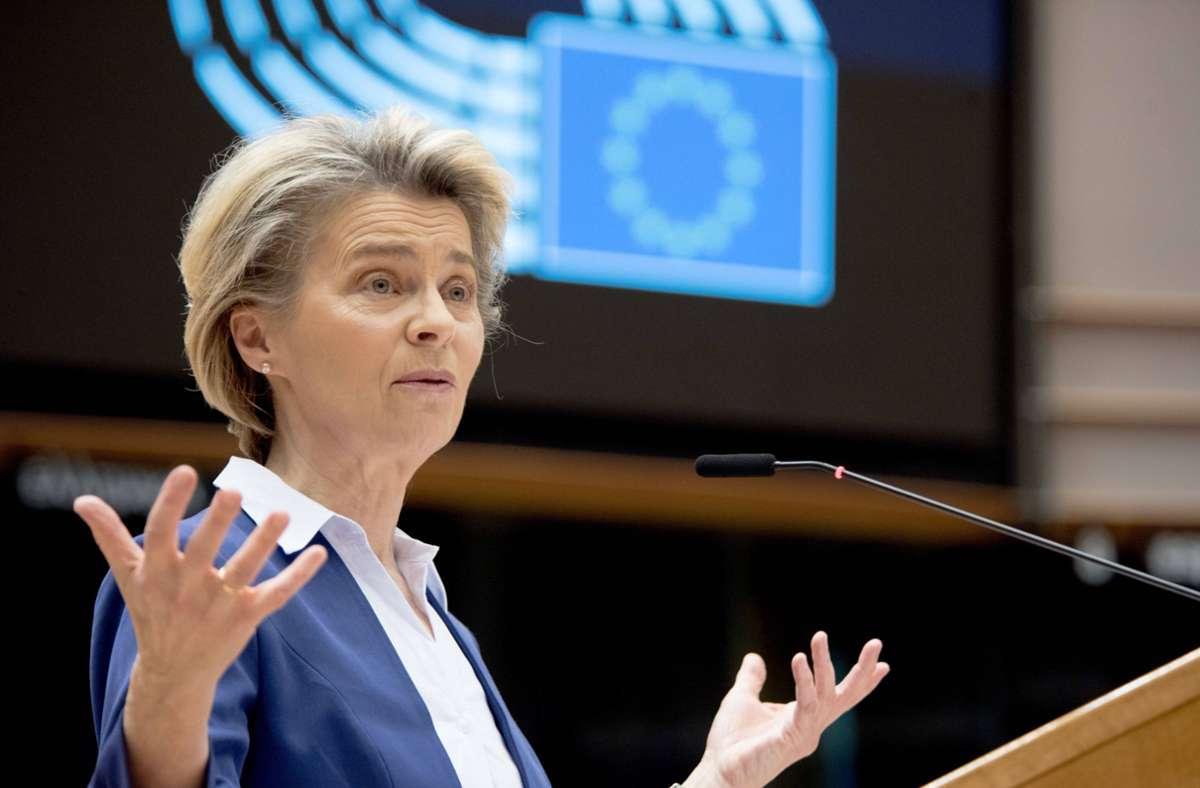 Ursula von der Leyen räumte ein, dass die EU  unterschätzt hat, welche Komplikationen bei der Herstellung solcher Impfstoffe auftreten können. (Archivbild) Foto: imago images/Xinhua/European Union via www.imago-images.de