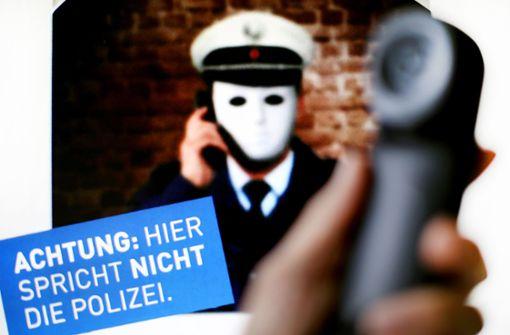 Falsche Polizisten in diesem Moment in Stuttgart aktiv