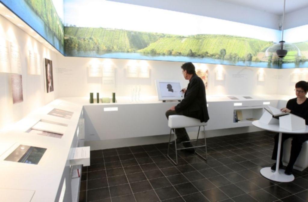 Friedrich Hölderlin ist in seinem Geburtsort Lauffen am Neckar ein ganzes Museumszimmer gewidmet Foto: dpa