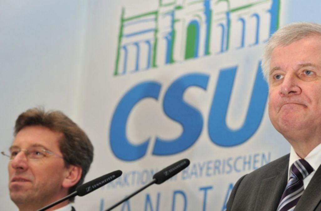 Getrennte Wege: CSU-Parteichef Seehofer (rechts) und Ex-Fraktionschef Schmid. Foto: dpa
