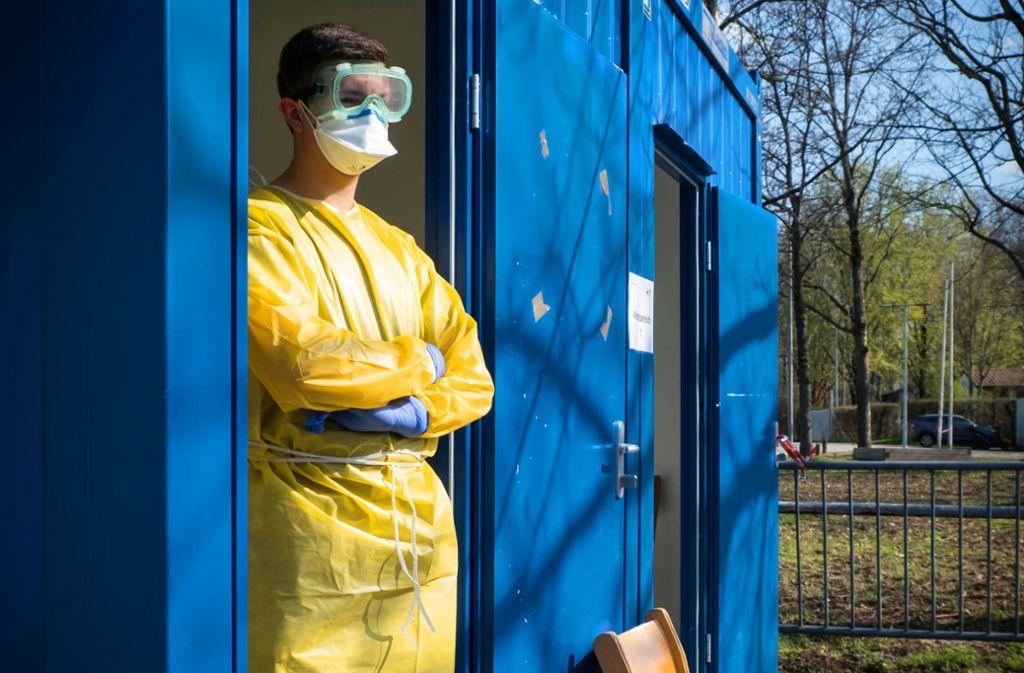 Auch in Stuttgart stehen Container zur Behandlung von Patienten bereit. Foto: Lichtgut/Achim Zweygarth