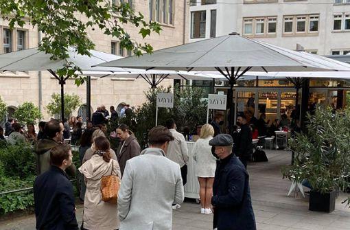 Stuttgart genießt die neue Freiheit