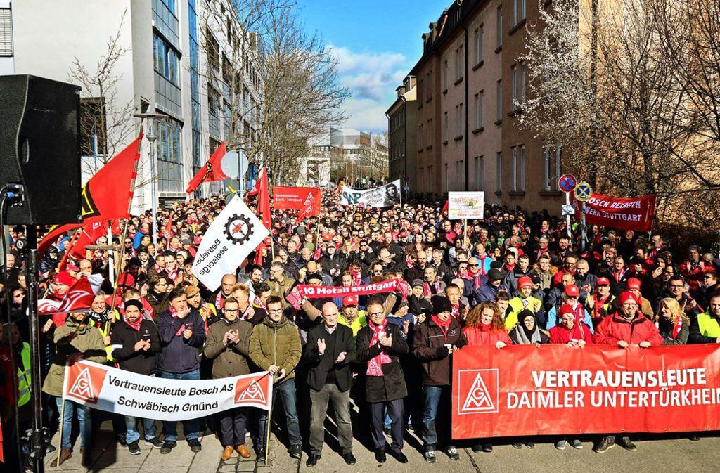 5000 Beschäftigte  seien dem Protestaufruf gefolgt, schätzt  der Bosch-Betriebsrat. Foto: Joachim E. Roettgers