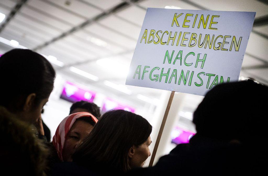 Wegen der Sicherheitslage dort werden derzeit nur Straftäter nach Afghanistan abgeschoben. Foto: dpa