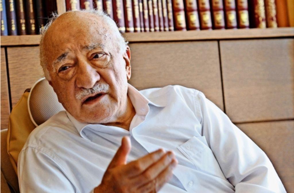Der Chef der Gülen-Bewegung, Fethullah Gülen – für die Verfassungsschützer im Land ist die Beobachtung seiner Anhänger derzeit kein Thema. Foto: AFP