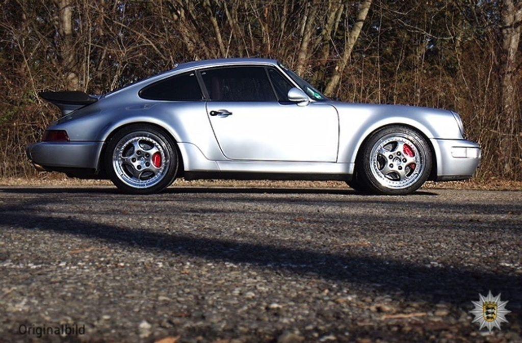 Der silberne Porsche 911, Modell 964 Turbo Coupé, ist etwa 24 Jahre alt. Foto: Polizeipräsidium Ludwigsburg