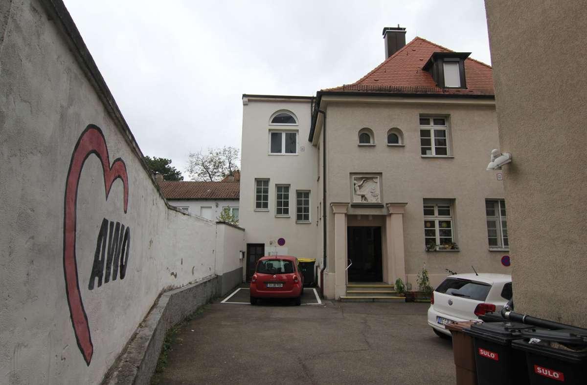 """Seit Oktober 2020 steht das Gebäude Lothringer Straße 13A leer. Mit dem Umbau zum """"ZuffenHaus"""" wird  wohl erst Anfang des kommenden Jahres begonnen. Foto: Bernd Zeyer"""