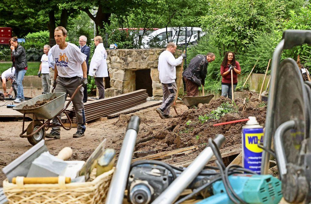"""Im Treffpunkt """"Sonnenschein"""" für Demenzerkrankung entsteht ein Garten, der alle Sinne anspricht. Foto: factum/Bach"""