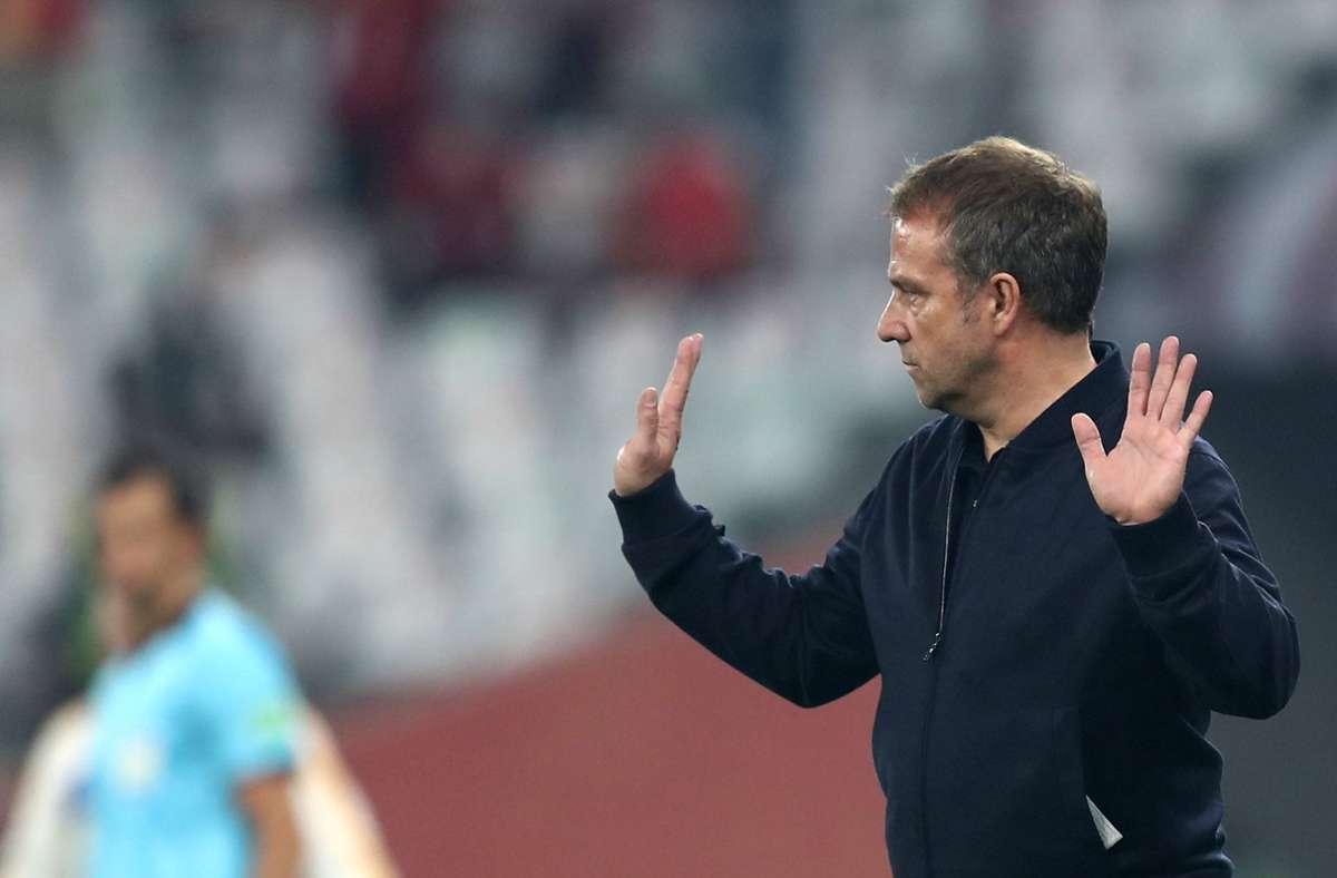 Bayern-Trainer Hansi Flick würde gerne mit Karl Lauterbach unter vier Augen sprechen. Foto: dpa/Mahmoud Hefnawy