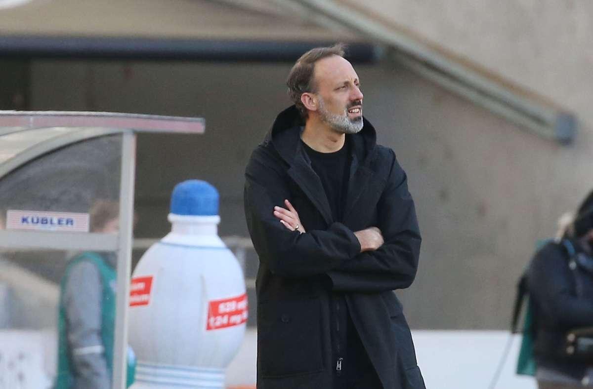 Hat nach dem 5:1 gegen Schalke erstaunlich viel zu kritisieren: VfB-Coach Pellegrino Matarazzo Foto: Baumann