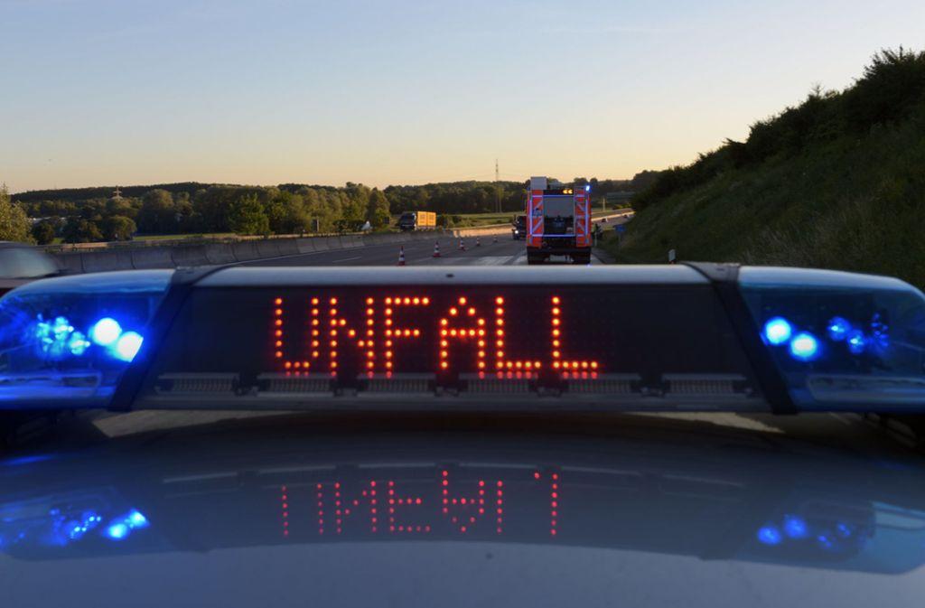 Der Unfall ereignete sich nahe Ilshofen. Foto: dpa/Stefan Puchner