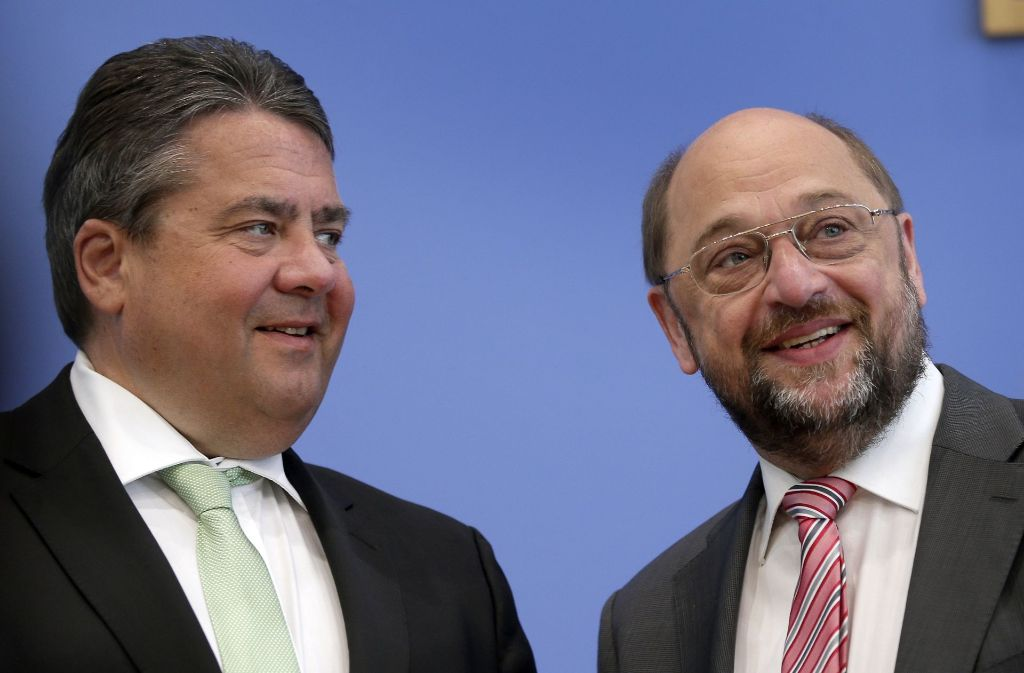 Zwei, die Kanzler werden wollen: Sigmar Gabriel (li.) und Martin Schulz. Foto: AP