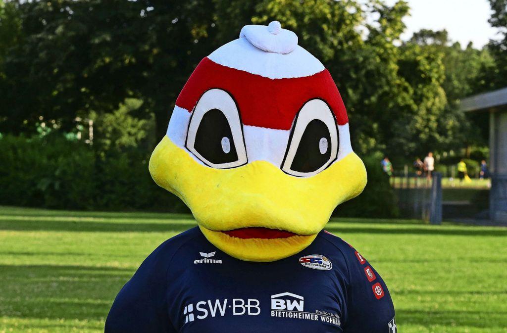 Ob das Maskottchen Viaduck  den Handballern auch Glück bei der Sponsorensuche bringt? Foto: Baumann