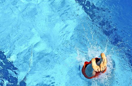 Schwimmer kritisieren Bädersterben