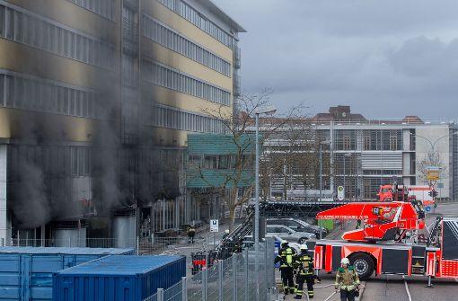 Vier Verletzte nach Brand in einem Chemie-Labor