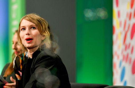 US-Whistleblowerin Chelsea Manning in Berlin gefeiert