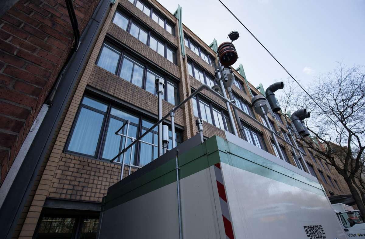 Die Messstation am Neckartor  markierte über viele Jahre die am stärksten mit Schadstoffen belastete Ecke in Deutschland. Foto: Lichtgut/Leif Piechowski