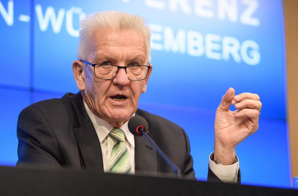 Winfried Kretschmann (Grüne) macht sich für den schwäbischen Dialekt stark. Foto: dpa