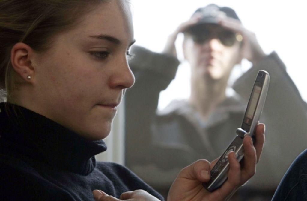 Stalker üben meist übers Telefon Terror auf ihre Opfer aus. (Symbolbild) Foto: dpa
