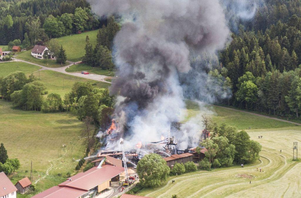 In Ruppertshofen kam es zu einem Brand in einem Sägewerk. Foto: 7aktuell.de/Simon Adomat