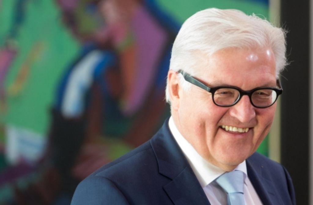 Außenminister Frank-Walter Steinmeier will sein Ministerium umbauen und dabei  vor allem den Bereich Krisenbewältigung stärken. Foto: dpa