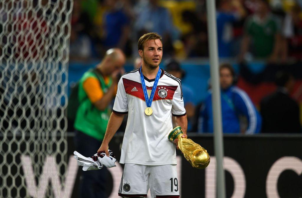 Mario Götze ist der wohl größte Verlierer. Bei der Weltmeisterschaft 2014 erzielte er noch das Siegtor im Finale, jetzt ist er nicht einmal für den vorläufigen Kader nominiert worden. Foto: AFP