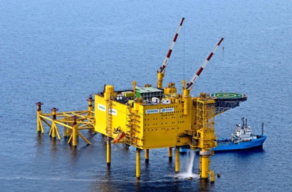Die Hochspannwerke  von Siemens    in der Nordsee ähneln  Ölplattformen. Foto: dpa