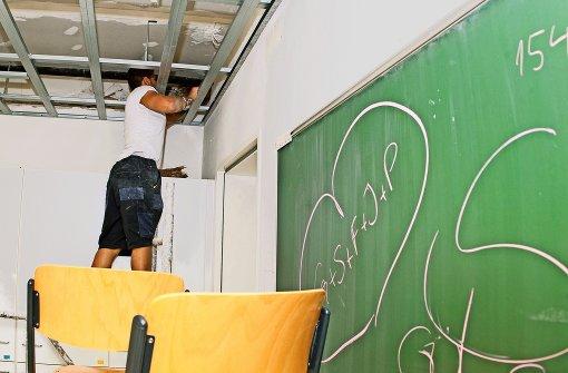 Endspurt für die Handwerker in  73 Schulhäusern