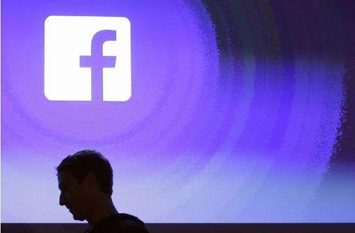Facebook-Chef Mark Zuckerberg räumt Fehler ein
