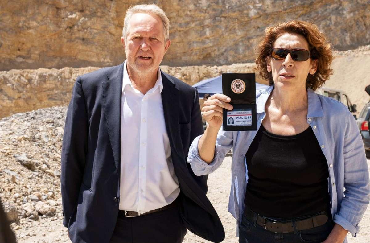 Moritz Eisner   und Bibi Fellner sind  im Einsatz. Foto: ORF/Petro Domenigg