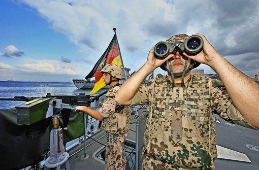 Darf die Bundeswehr  jetzt wieder wachsen?