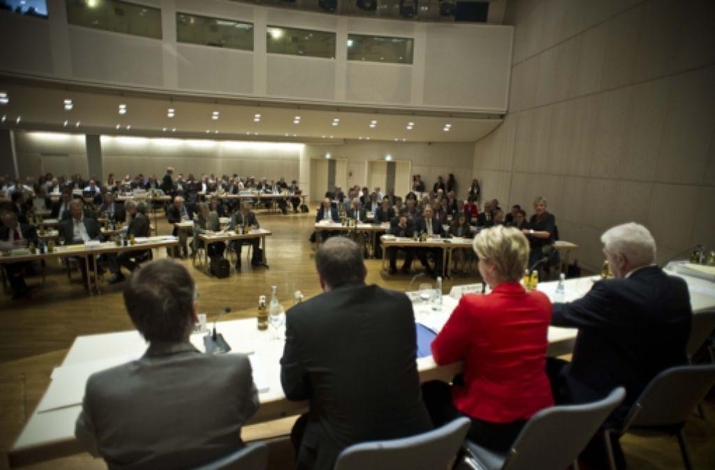 Die Regionalversammlung hat eine neue Gruppe. Foto: Max Kovalenko