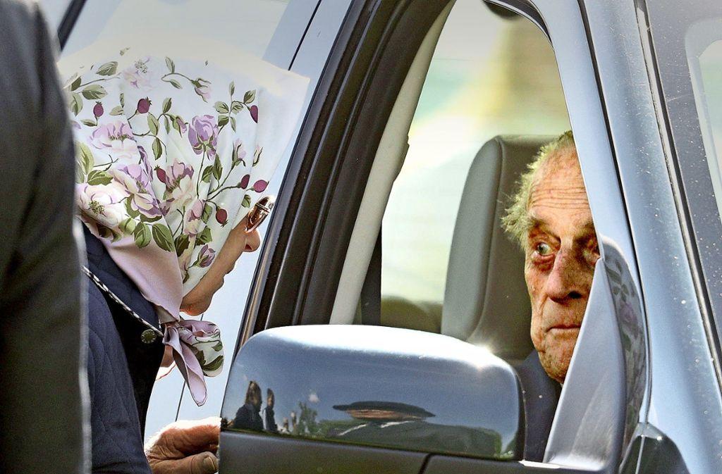 Die Queen und ihr  Gatte Philip lieben ihre motorisierte Unabhängigkeit. Foto: Getty
