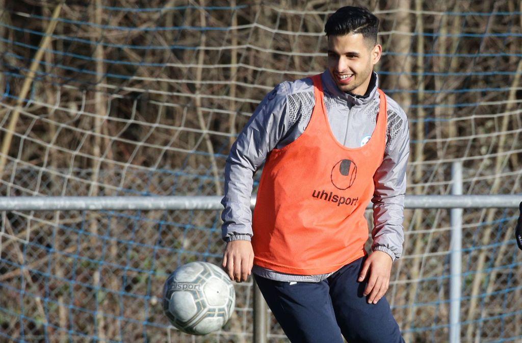 Fühlt sich wohl in Stuttgart: Ilias Soultani, der beim Test gegen die SV Böblingen (3:0) alle drei Kickers-Tore vorbereitete.  Foto: Baumann