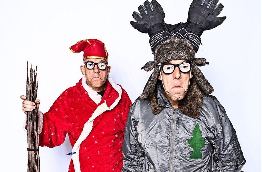 Die Anarcho-Clowns Volker (li.) und Thomas Martins in Feststimmung Foto: R/ené Tanner