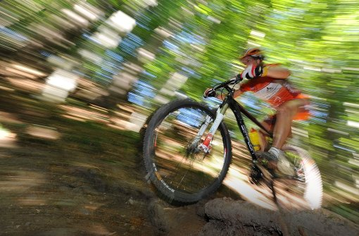 Mountainbiker findet Leiche im Wald