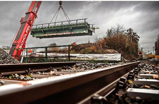 66 Tonnen Stahl hängen am Haken