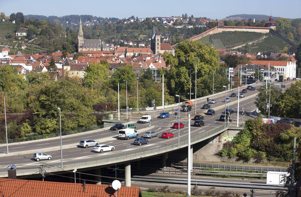 Ein Bild aus besseren Tagen, als der Verkehr noch vierspurig rollte. Foto: