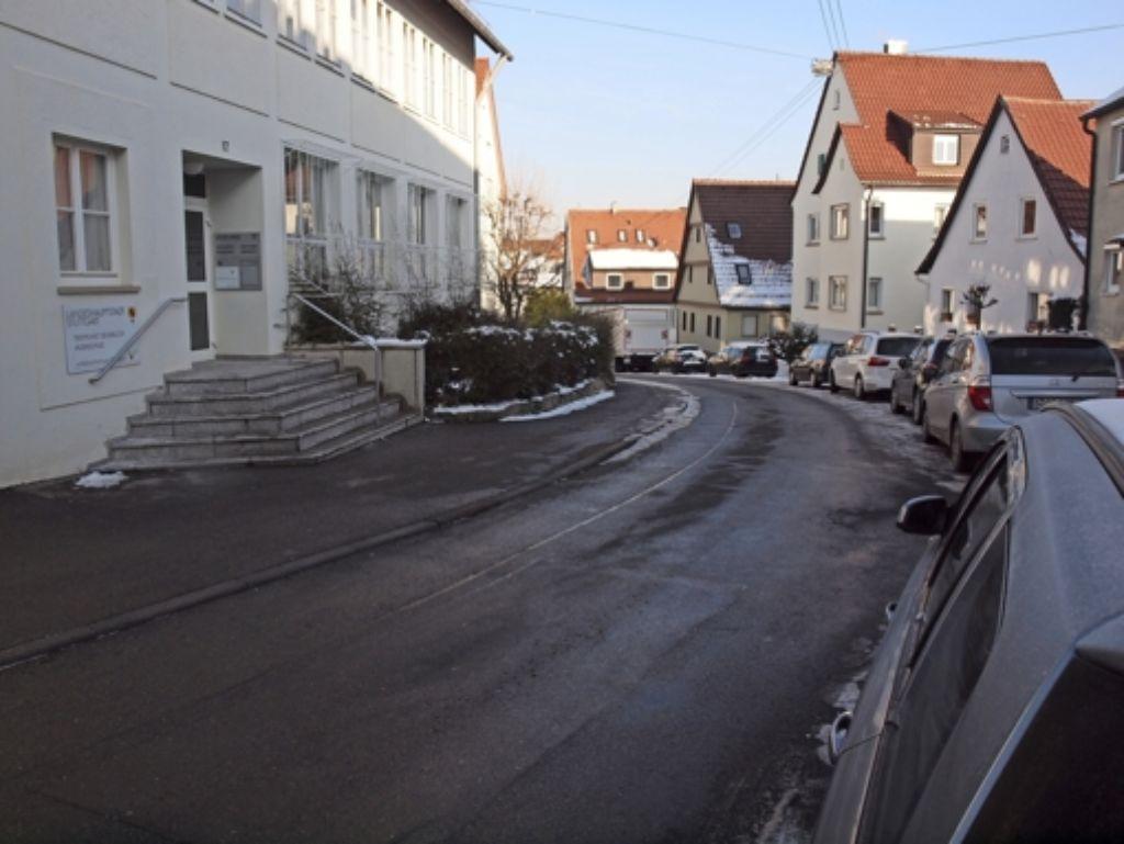 An der Mittleren Straße sind Parkplätze Mangelware. Dagegen soll aus Sicht der Degerlocher CDU die Stadt etwas tun. Foto: Cedric Rehman