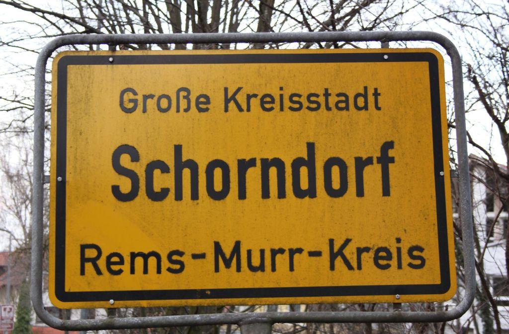 Die Stadt Schorndorf will  in neue Anzeigetafel am Busbahnhof investieren. Foto: Pascal Thiel