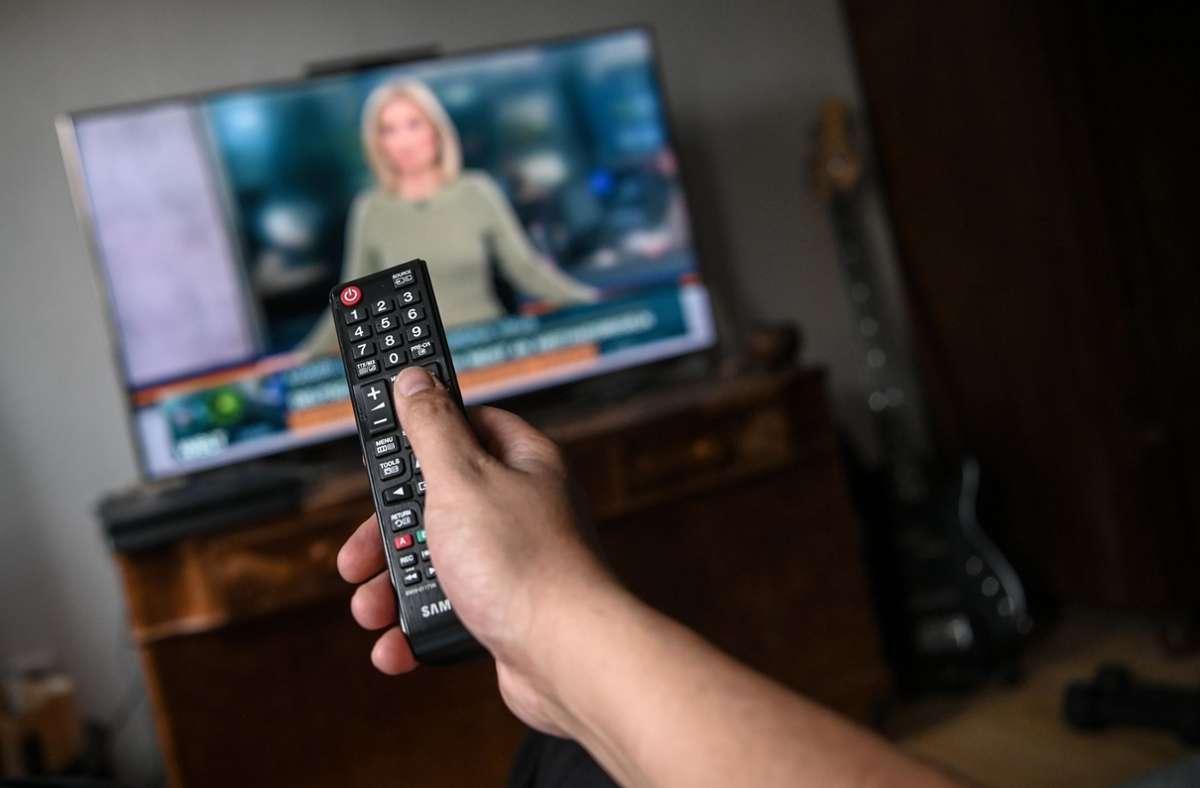 Ein Fernseher fehlt vor allem der sehbehinderten Tochter von Frau F. Foto: dpa