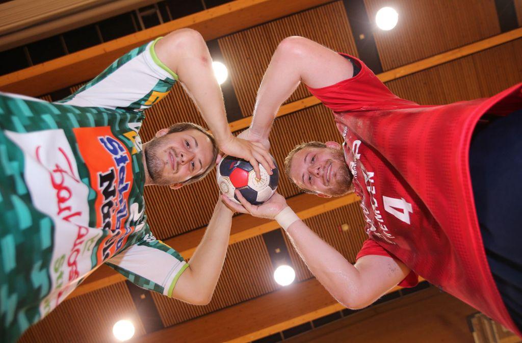 Sie sind beide in der  Bundesliga am Ball,  aber bei verschiedenen Clubs: Marco (li.) und Patrick Rentschler. Foto: Baumann