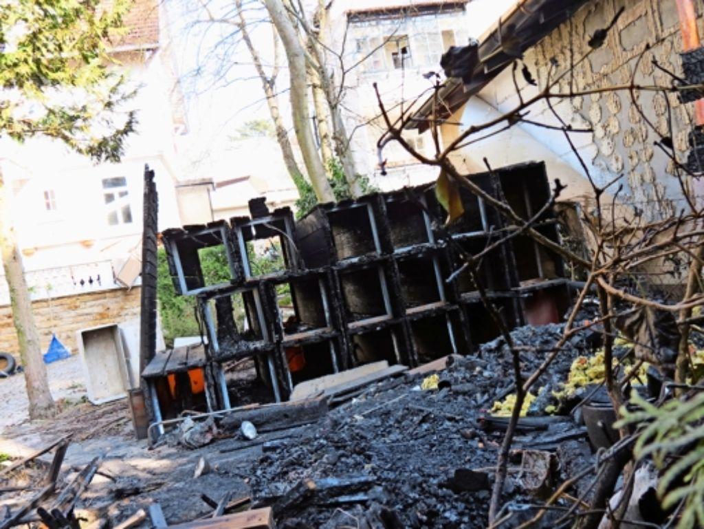 Brand in degerloch gartenhaus im wohngebiet abgebrannt degerloch stuttgarter zeitung - Gartenhaus stuttgart ...