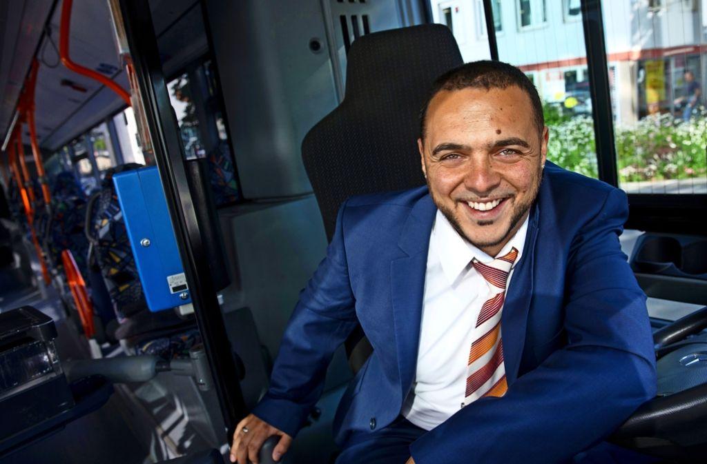 Seine Fahrgäste haben Sami Masood zum besten Busfahrer des Landkreises gewählt. Foto: Frank Eppler
