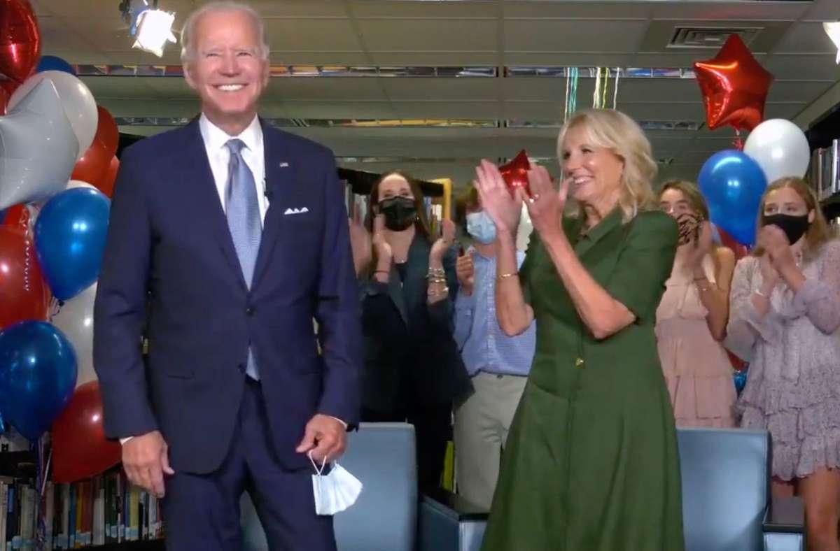 """Jill Biden plant übrigens nicht unbedingt, ihren Job als Lehrerin aufzugeben, nur weil ihr Mann bald der 46. Präsident der Vereinigten Staaten werden könnte: """"Lehrerin zu sein ist nicht, was ich tue, es ist, was ich bin."""" Foto: Democratic National Convention/AFP"""